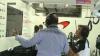 жест Рона Дэвиса по поводу схода Баттона