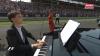 Перед гонкой гимн Венгрии исполняли в оперном стиле и даже вытащили пианино на трассу